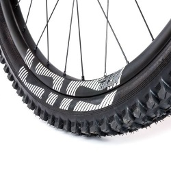 "E13 plášť LG1 Race All-Terrain Downhill 27,5"" 2.35 Dual Ply Apex Aramid"